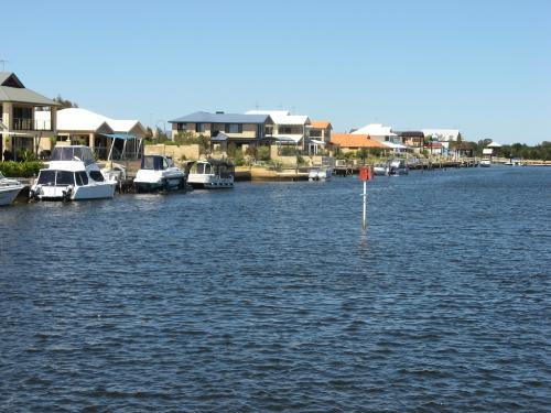Property For Sale Mandurah 6210 WA 11