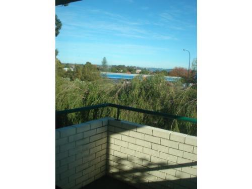 Property For Sold Como 6152 WA 9