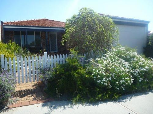 Property For Sold Ellenbrook 6069 WA 1