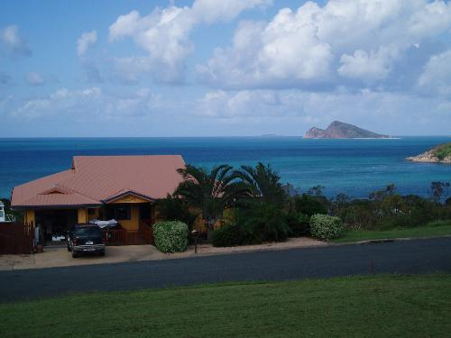 Property For Sale Hideaway Bay 4800 QLD 4