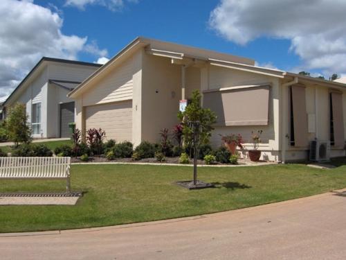 Property For Sale Eagleby 4207 QLD 1