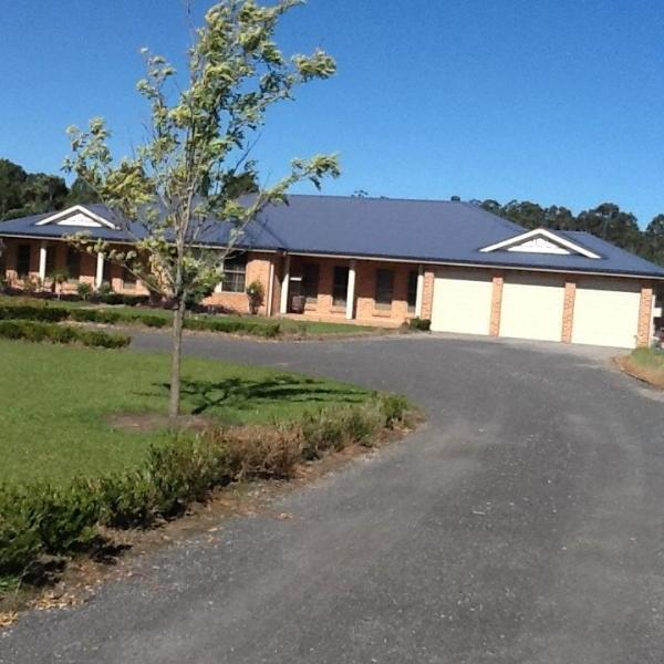 Property For Sold 84 Pemberly Drive Nowra Hill NSW 2540 2