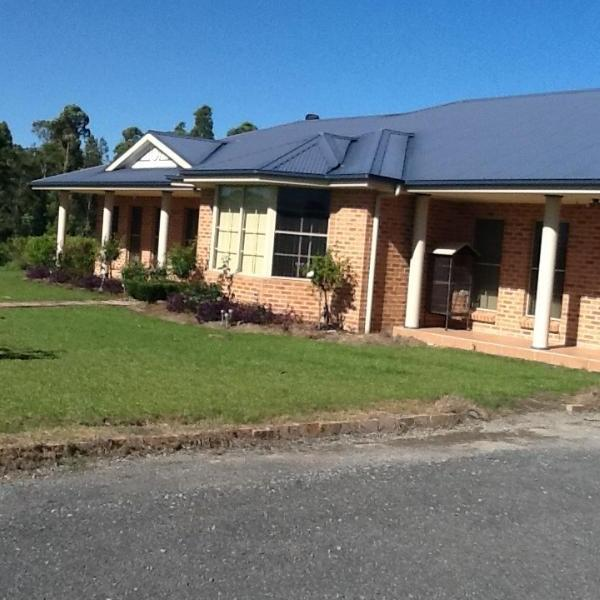 Property For Sold 84 Pemberly Drive Nowra Hill NSW 2540 3