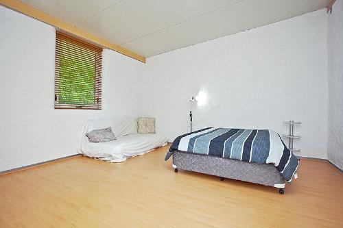 Property For Sale Beckenham 6107 WA 9
