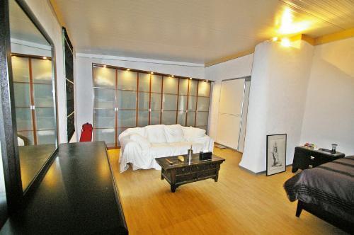 Property For Sale Beckenham 6107 WA 11