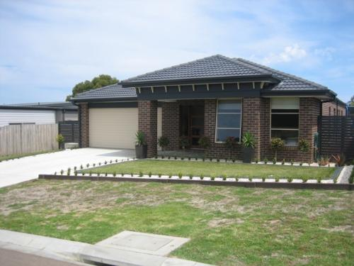 Property For Sale Lakes Entrance 3909 VIC 1