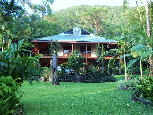 Property For Sold Cairns 4870 QLD 1