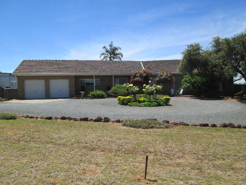 Property For Sale Buronga 2739 NSW 2