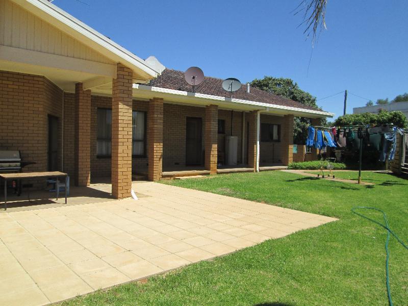 Property For Sale Buronga 2739 NSW 5