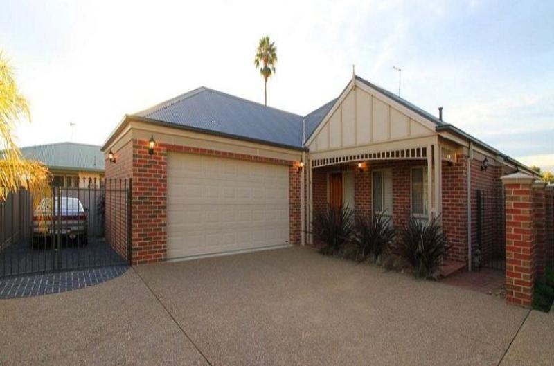Property For Sale Wodonga 3690 VIC 1