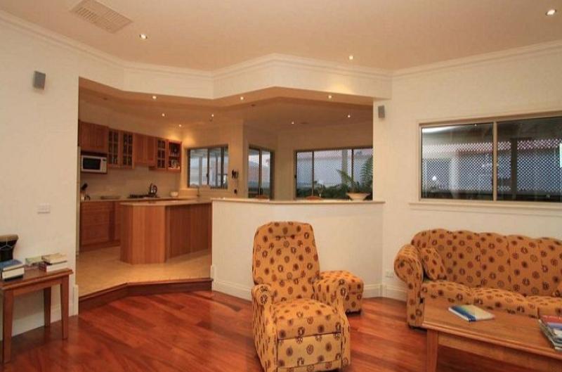 Property For Sale Wodonga 3690 VIC 4