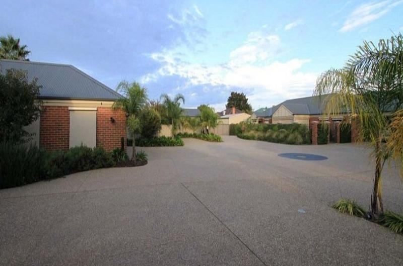 Property For Sale Wodonga 3690 VIC 12