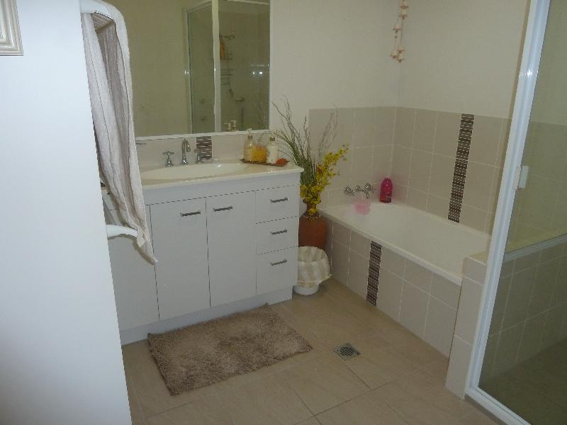 Property For Sale Emerald 4720 QLD 9