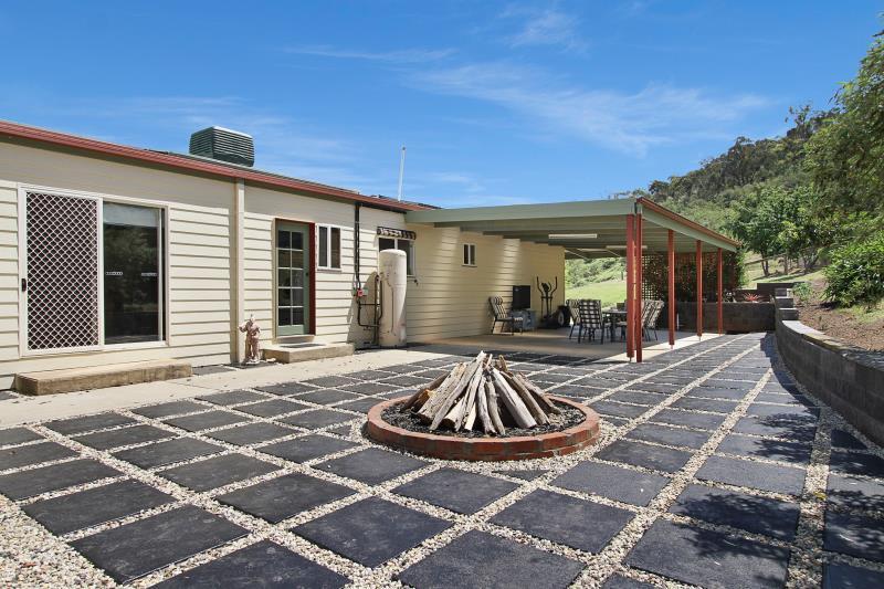 Property For Sold Myrtleford 3737 VIC 8