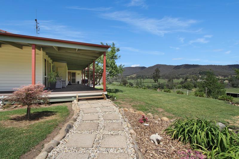 Property For Sold Myrtleford 3737 VIC 18