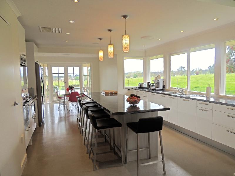 Property For Sold 1229 Table Top Road Table Top NSW 2640 3