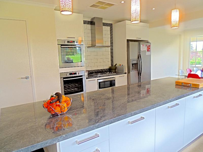 Property For Sold 1229 Table Top Road Table Top NSW 2640 5