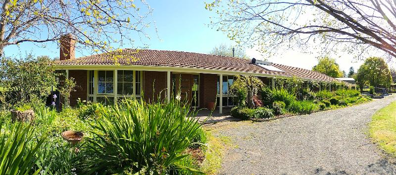 Property For Sold 1229 Table Top Road Table Top NSW 2640 20