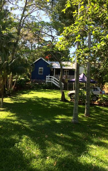 Property For Sold 2 Wollumbin St Byron Bay NSW 2481 2