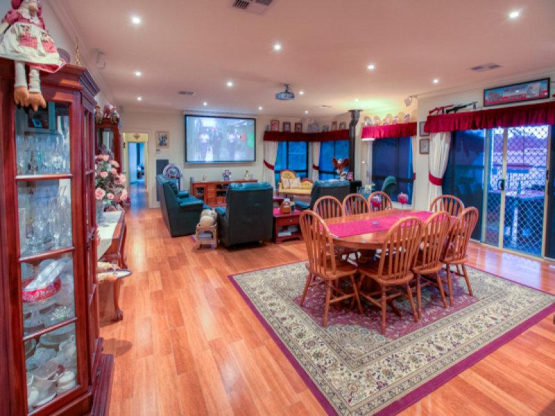 Property For Sold 20 Himalaya Drive Table Top NSW 2640 4