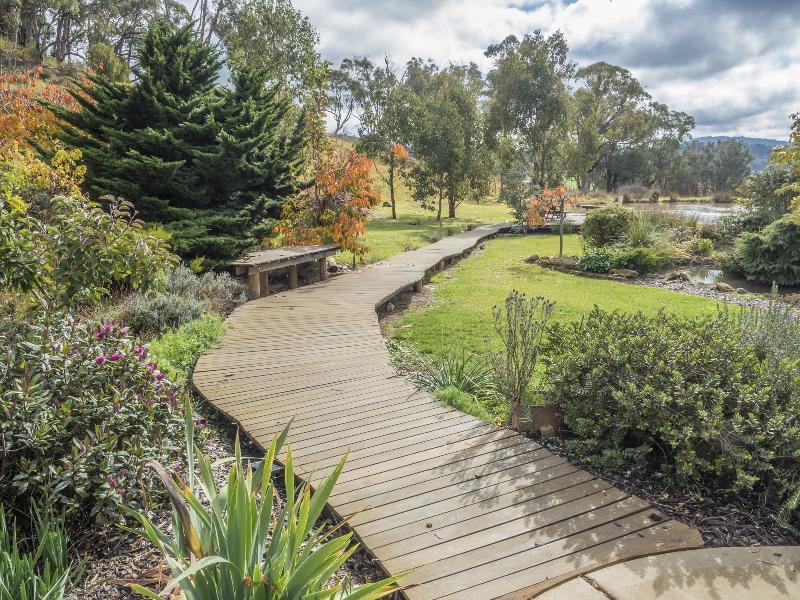 Property For Sold 45 Mate Street Tumbarumba NSW 2653 2