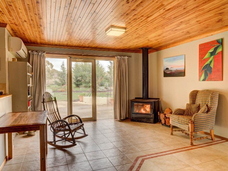 Property For Sold 45 Mate Street Tumbarumba NSW 2653 4