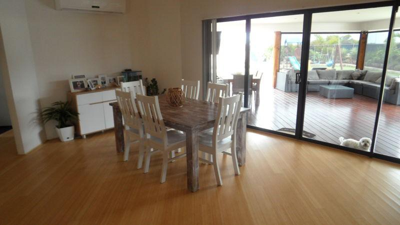 Property For Sale 14 Coastside Crescent Glenfield WA 6532 10