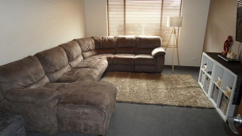 Property For Sale 14 Coastside Crescent Glenfield WA 6532 11