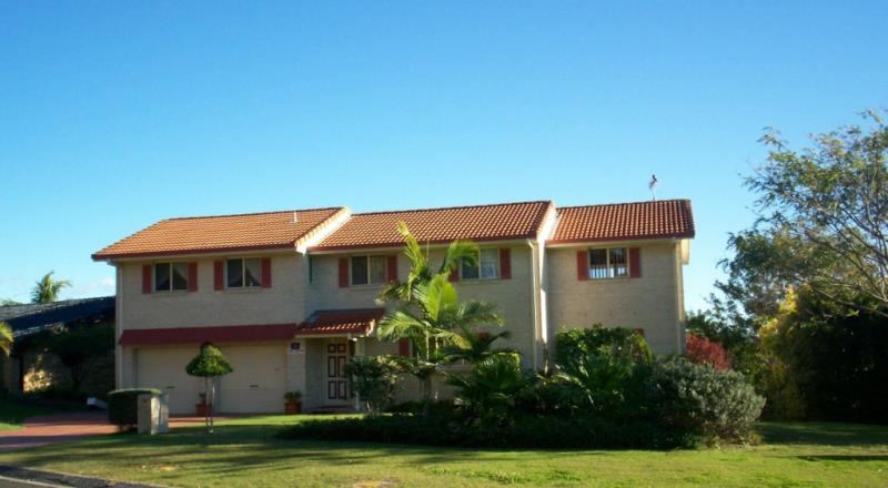 Property For Sold 25 Tongarra Drive Ocean Shores NSW 2483 1
