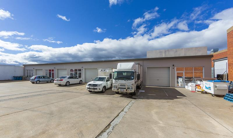 Private Commercial For Sale Units 4-8/82 Newcastle Street Fyshwick ACT 2609