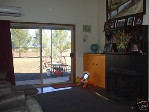 Property For Sold St Arnaud 3478 VIC 4
