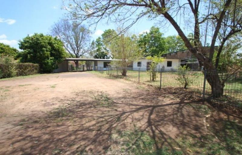Private Commercial For Sale 9 Third Street Katherine NT 0850