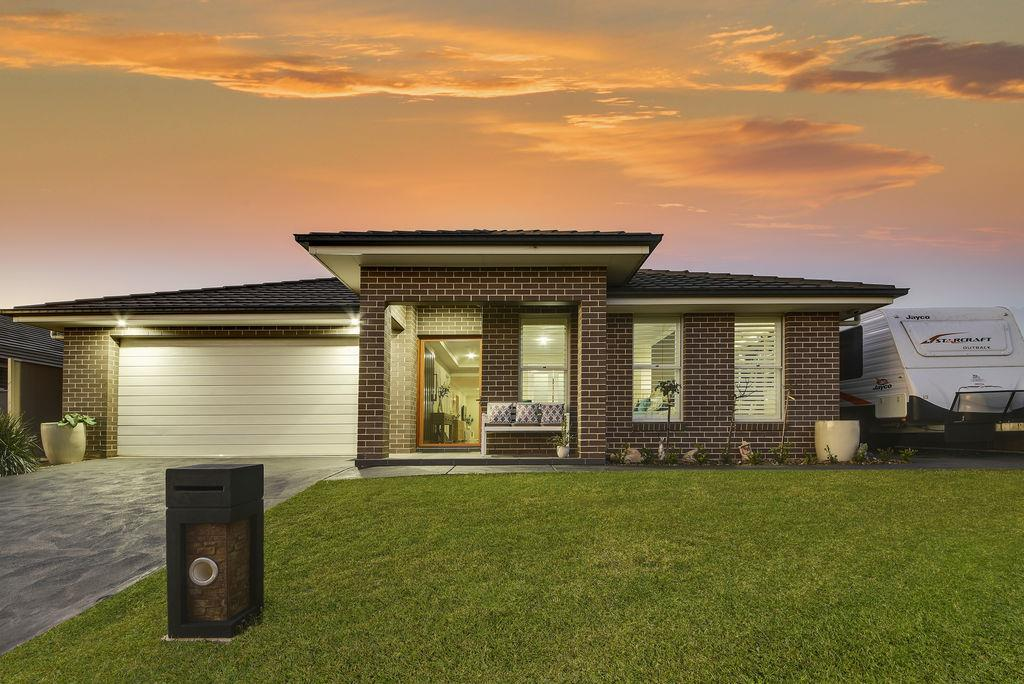 21 Rosecomb Road Spring Farm NSW 2570