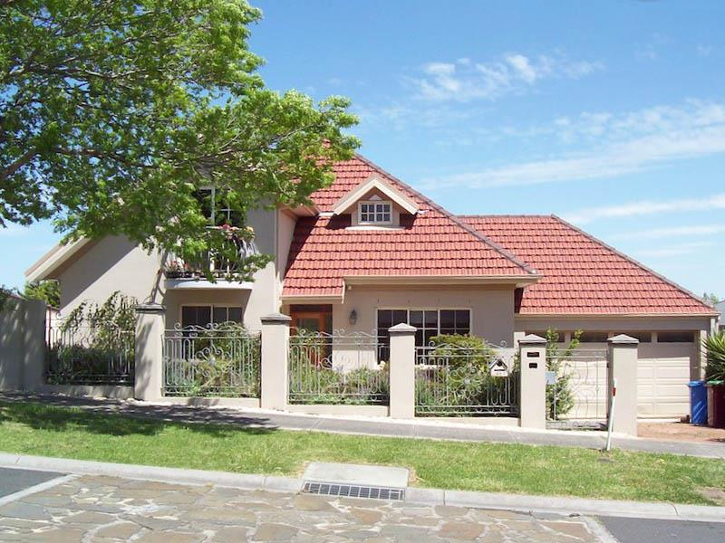 Property for sale 48 Hillgrove Crs Berwick VIC 3806