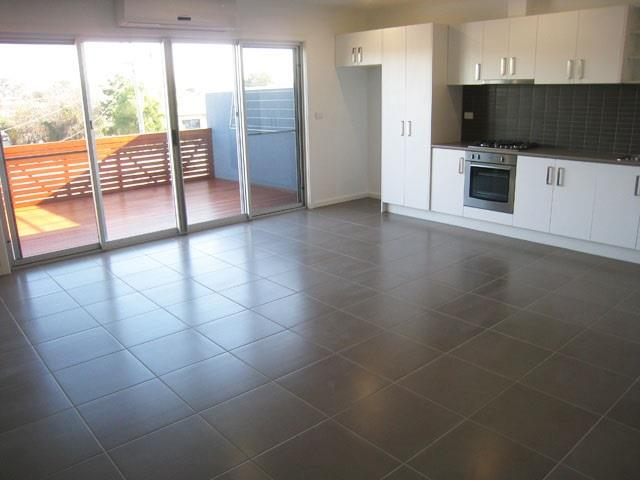 Property For Sale 2/150 Middle Street Hadfield VIC 3046 3