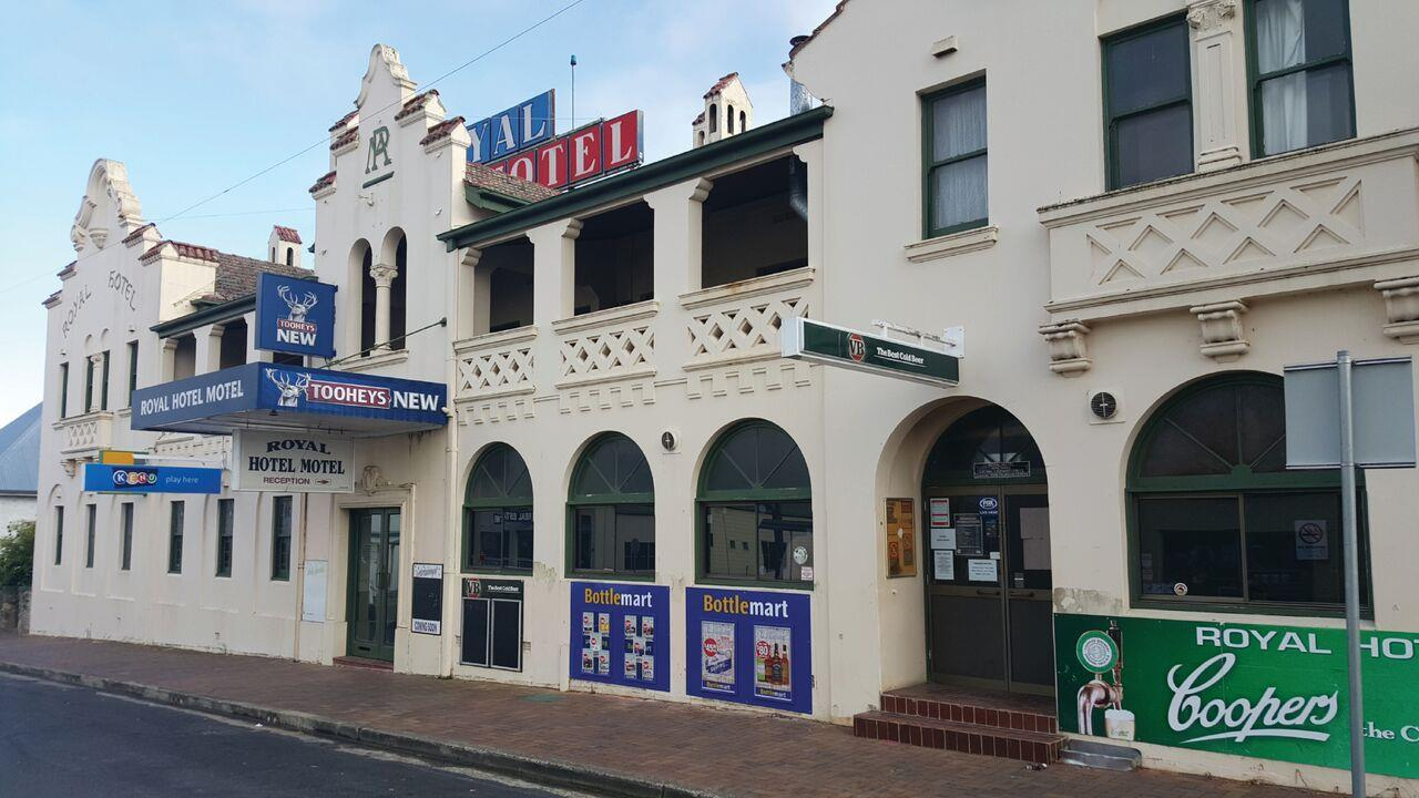 Private Business For Sale Tenterfield 2372 NSW