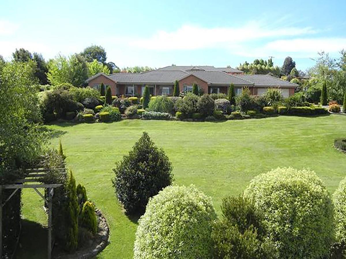 Property for sale 19 Camelot Crt Warragul VIC 3820