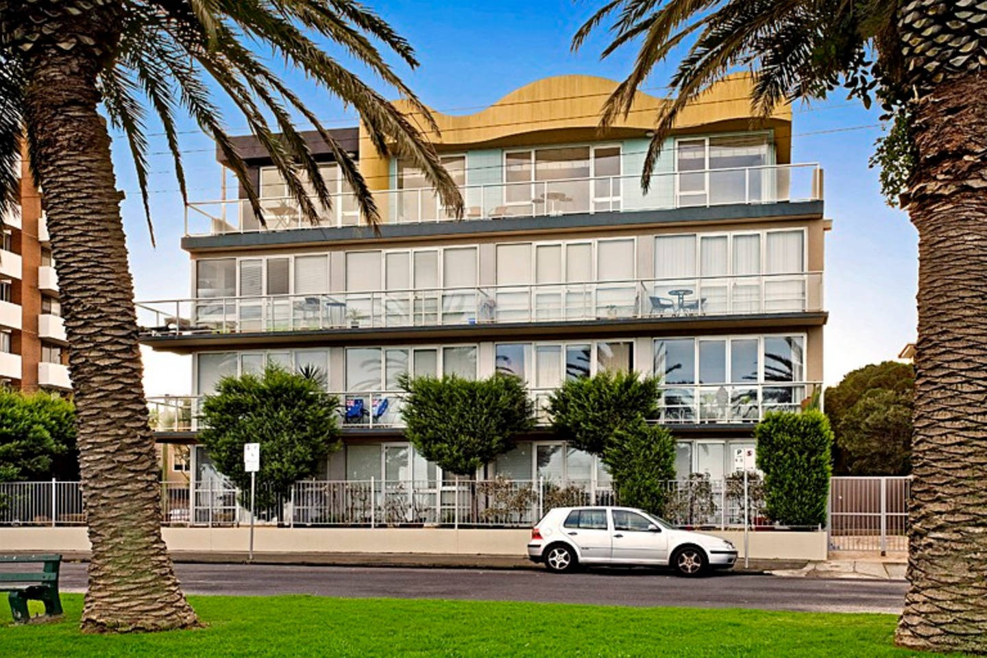 Property For Sale 21/4 Alfred Sq St Kilda VIC 3182 12