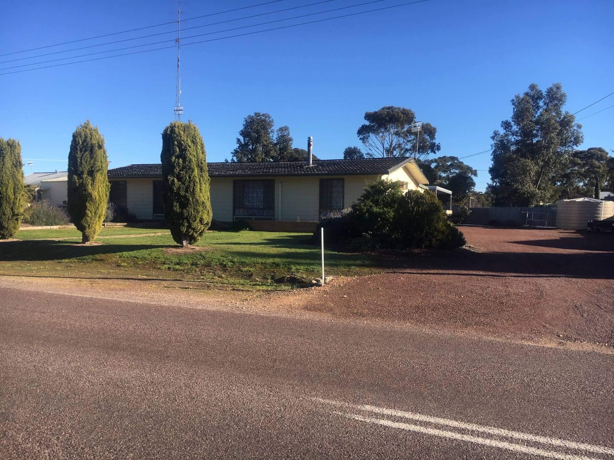 15 Birdseye Highway Lock SA 5633