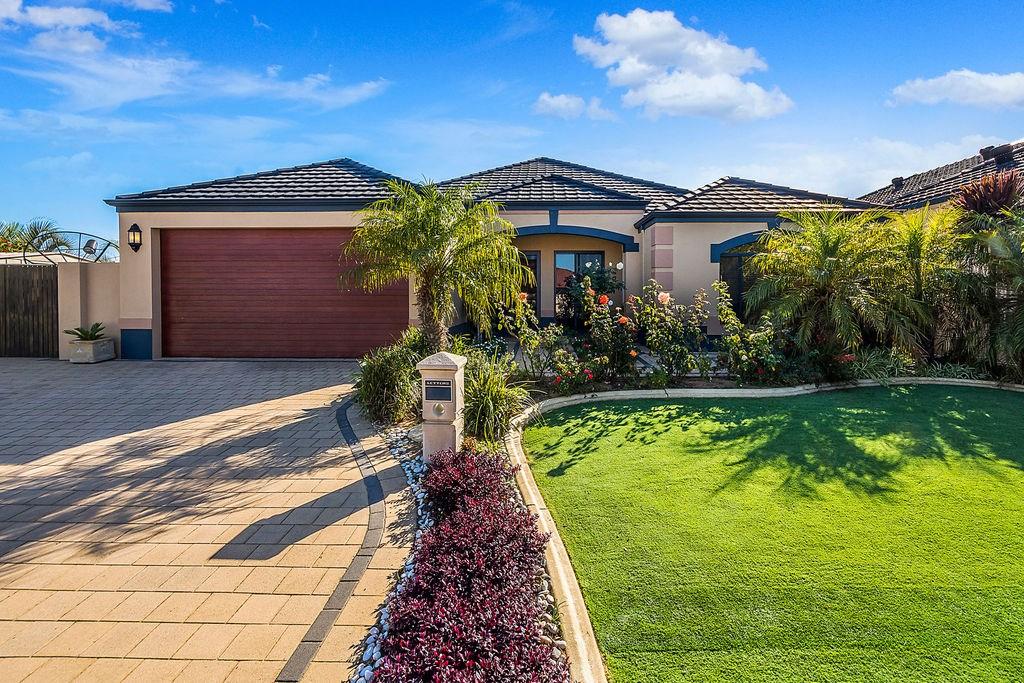 Property For Sold 60 Zlinya Circle Spearwood WA 6163 1