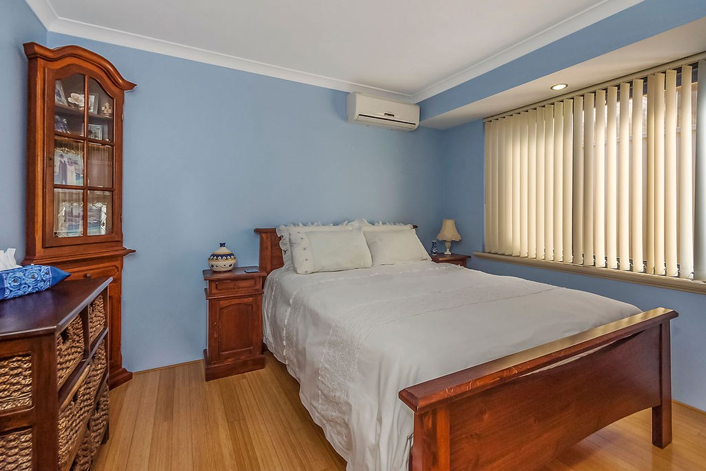 Property For Sold 60 Zlinya Circle Spearwood WA 6163 15