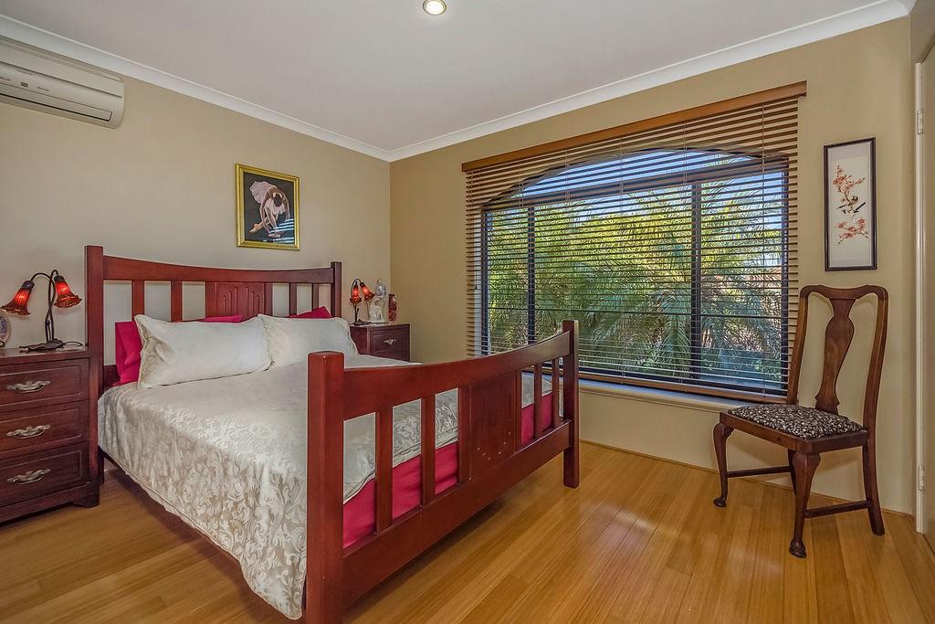 Property For Sold 60 Zlinya Circle Spearwood WA 6163 17