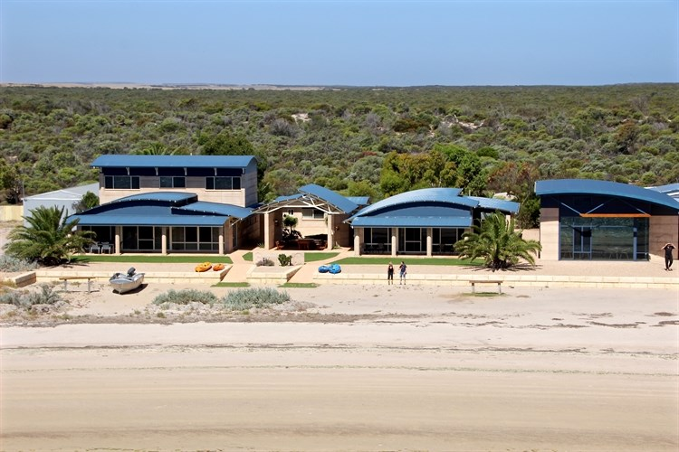Private Commercial For Sale 33 Baird Bay Road Baird Bay SA 5671