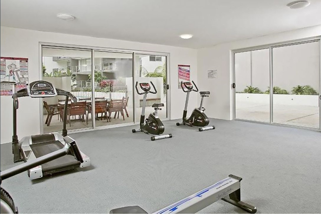 72 95 clarence road indooroopilly qld 4068 apartment for sale