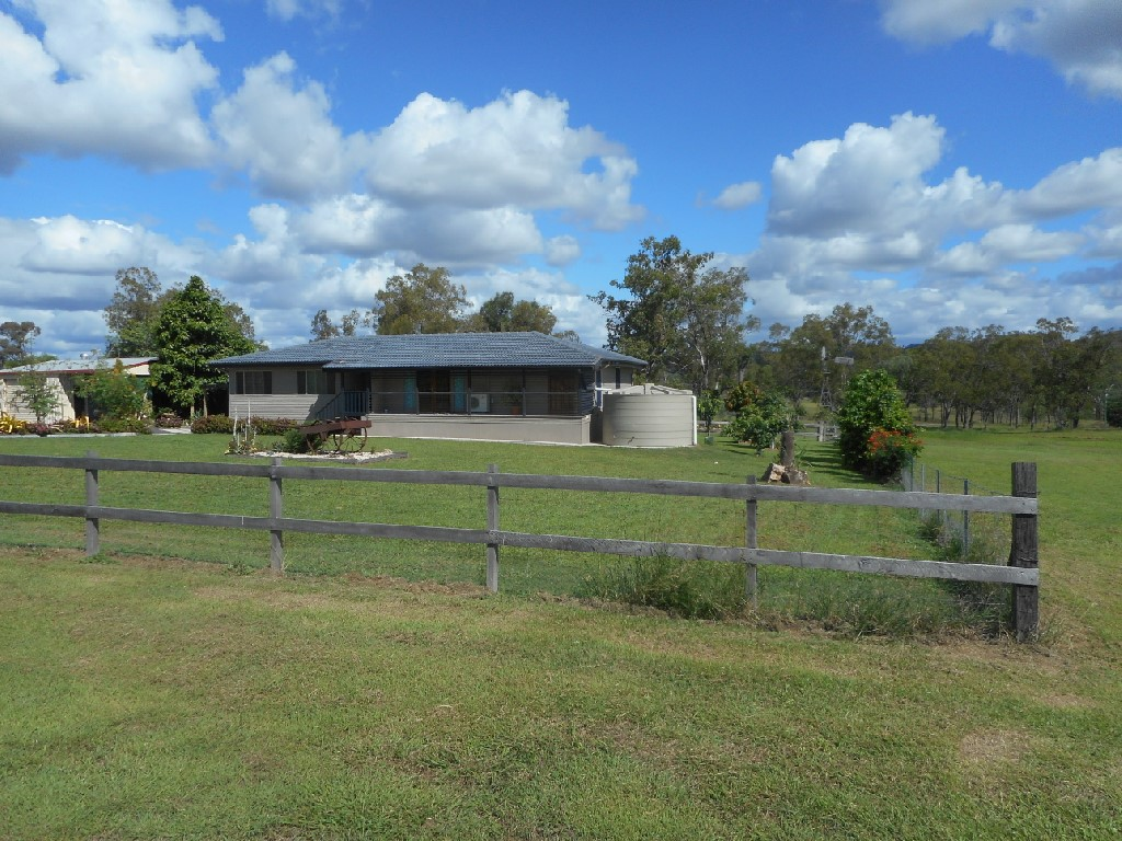 64-66 Adelong Street Gayndah QLD 4625