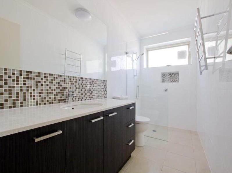 Property For Rent 1/12 Field Street Caulfield South VIC 3162 3