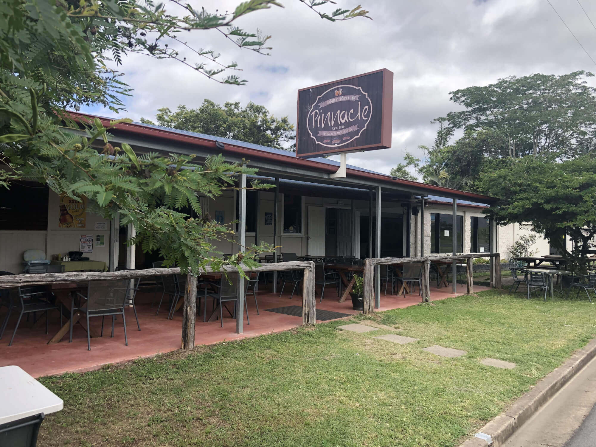 Private Commercial For Sale 21 Child Street Pinnacle QLD 4741