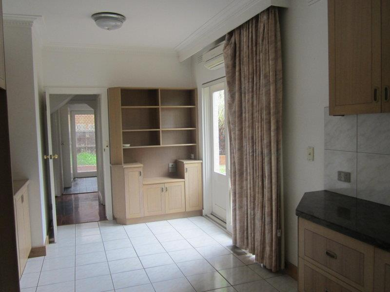 Property For Rent 2/5 Sylverly Gv Caulfield VIC 3162 5