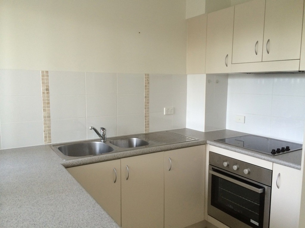 Property For Rent 9/1 Hinterland Drive Mudgeeraba QLD 4213 4