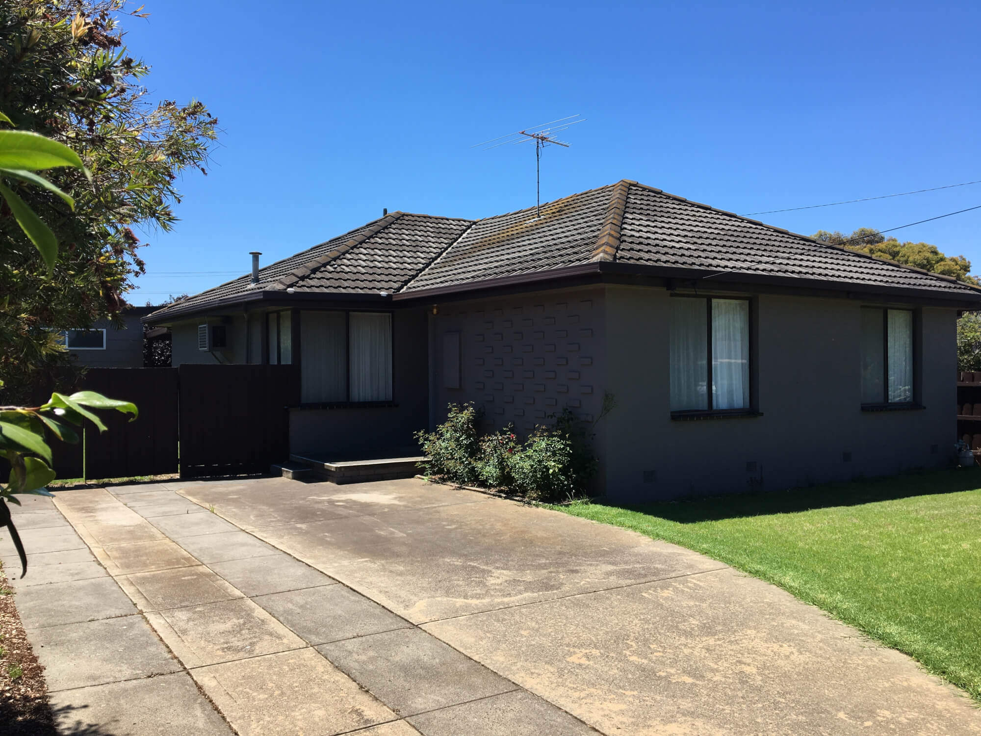 Property For Sold 18 Herbert Avenue Hoppers Crossing VIC 3029 1